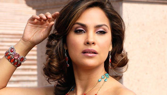 lara_dutta_new_wallpaper