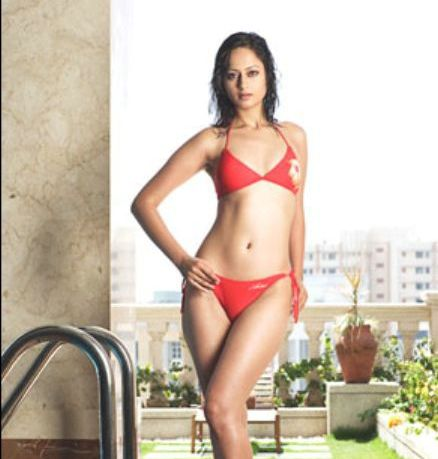 Kaveri-Jha-HD-bikini-Wallpapers