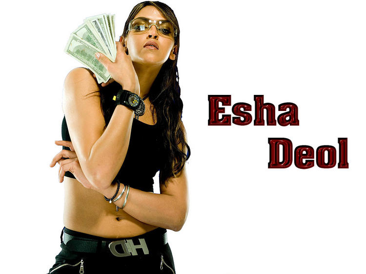 esha-deol-latest-hot-wallpaper