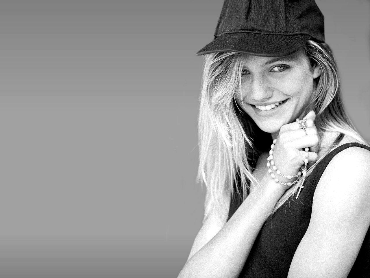 Hot-Cameron-Diaz-bikini-hd-cute-wallpapers