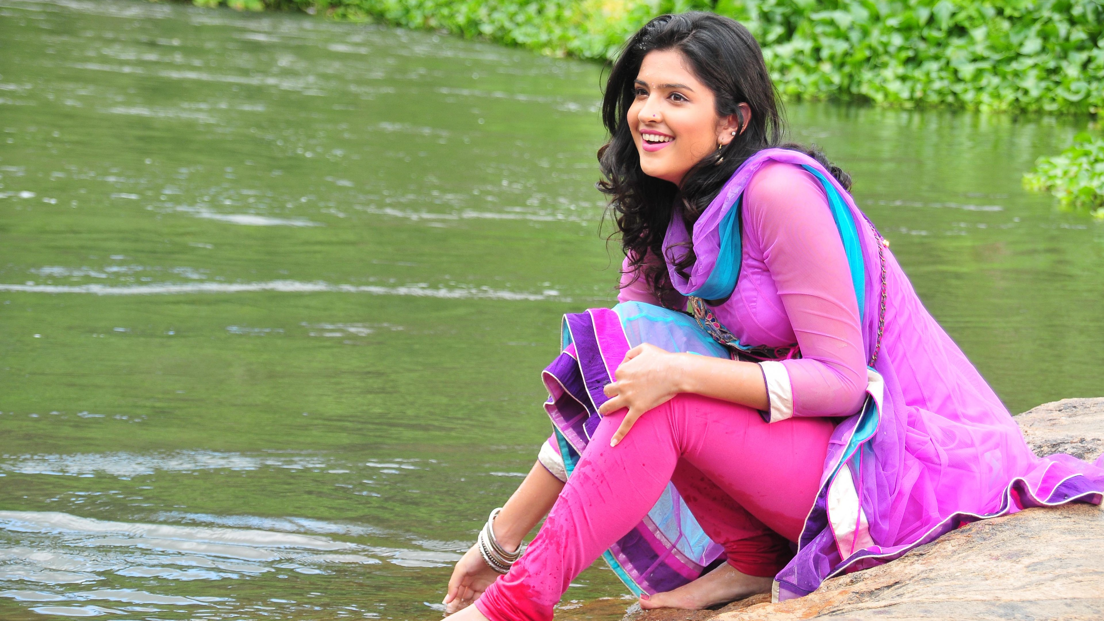 Deeksha Seth-wallpaper