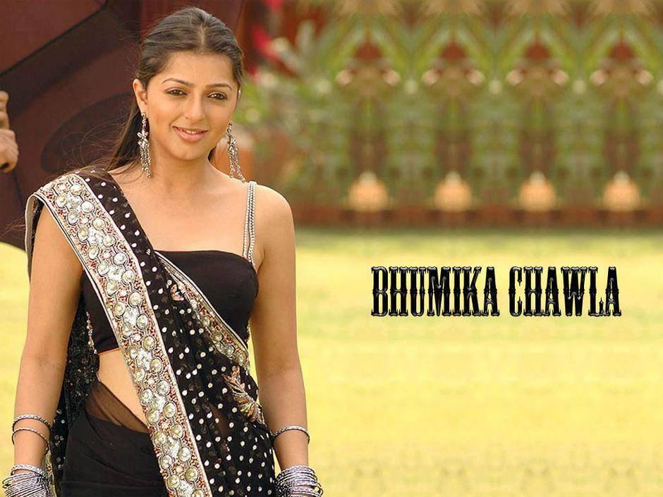 Bhumika-Chawla-black-saree-Hot-Wallpaper
