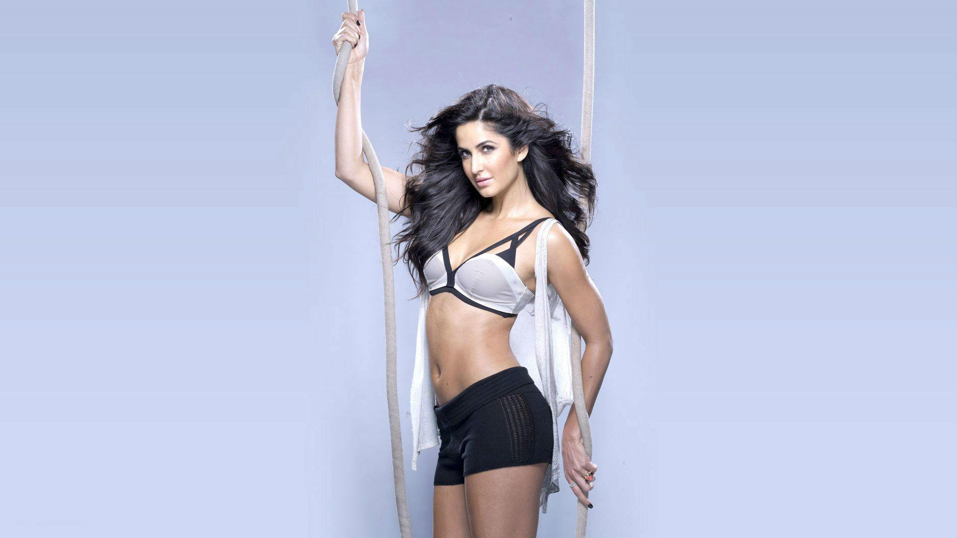 Katrina-Kaif-Hot-Bikini-Photos