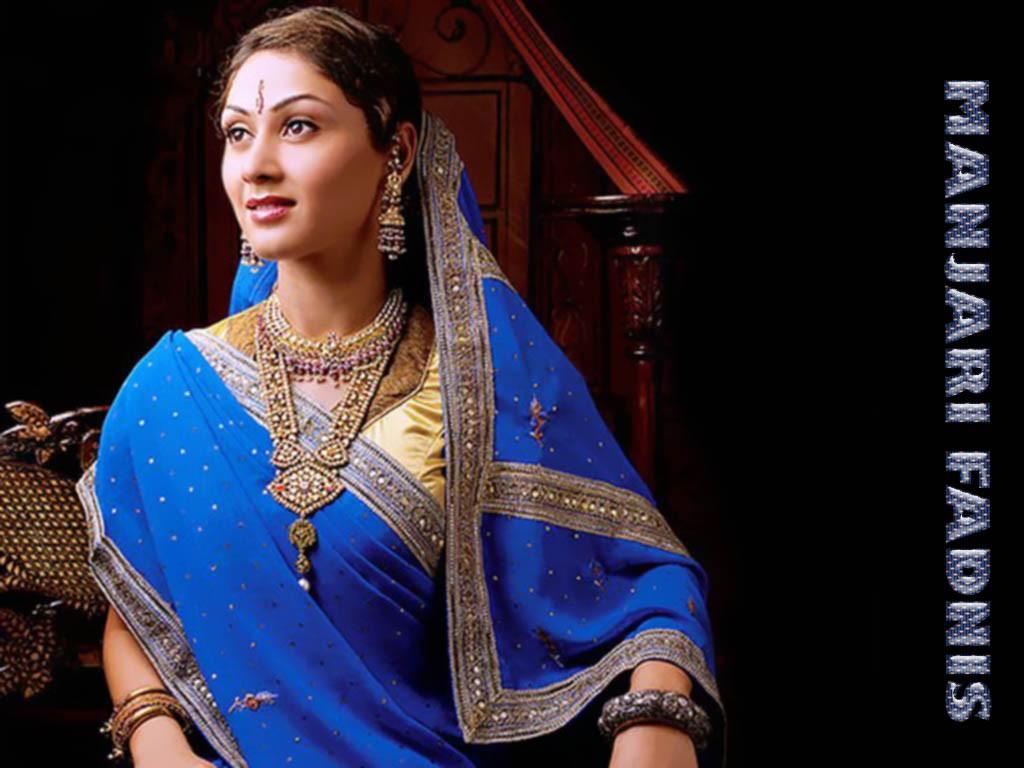 Manjari-Fadnis-wallpapers-in-saree