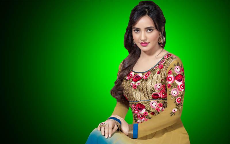 Neha-Sharma-Biography