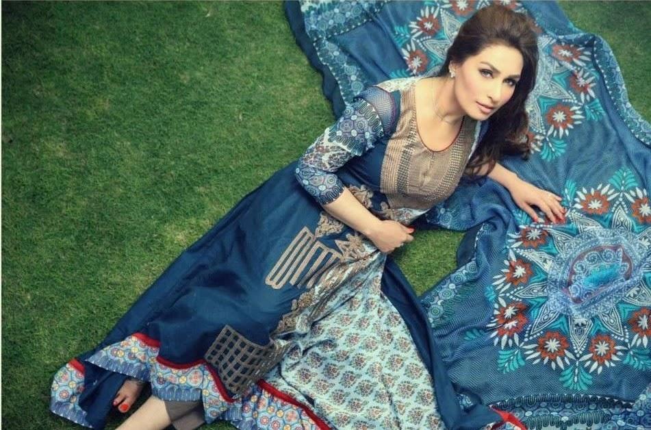Pakistani-Actress-Reema-Khan-in-Pakistani-Fashion-Dresses