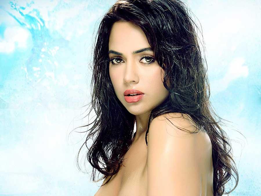 Sameera-Reddy-HD-wallpaper