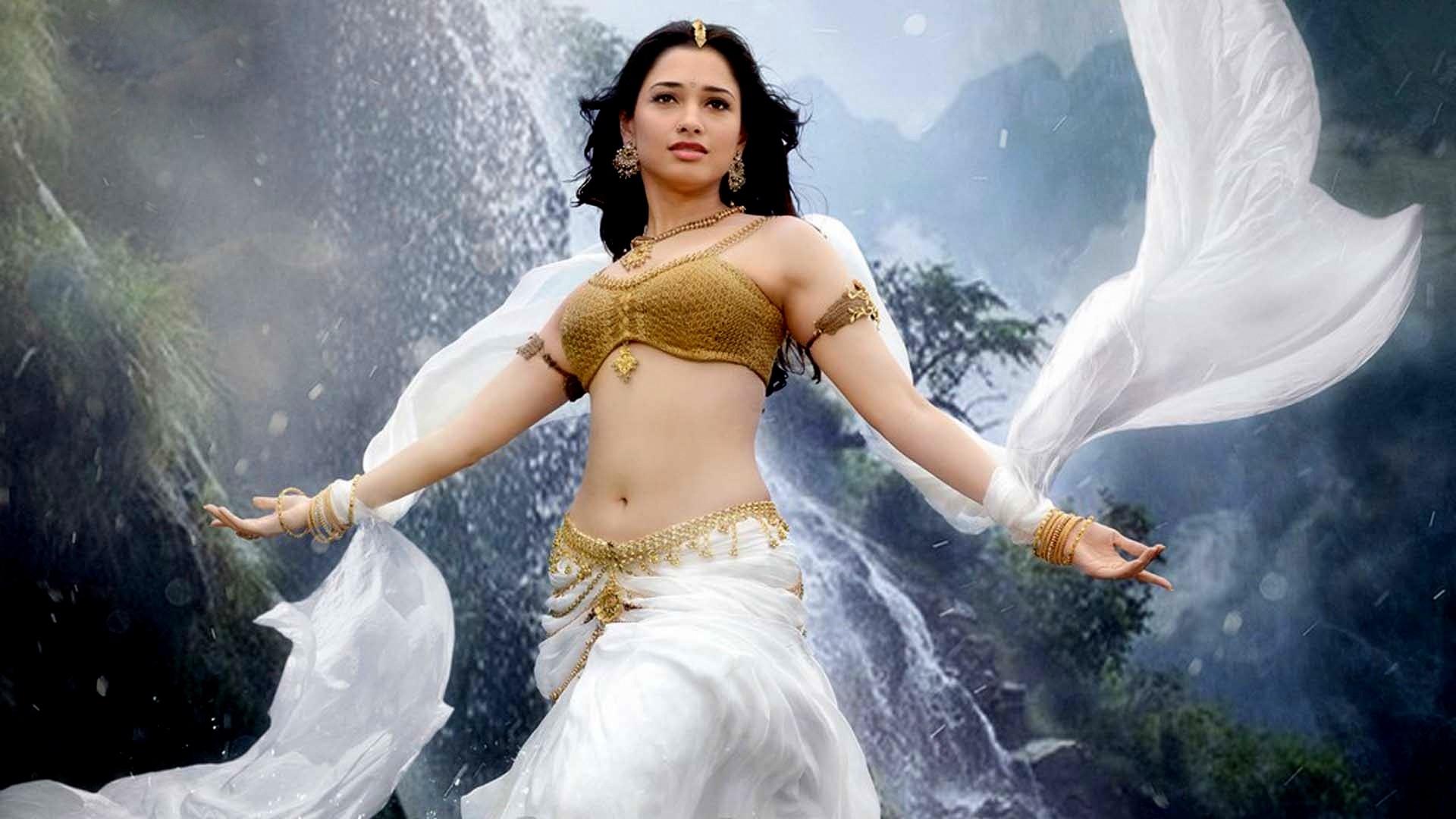 Tamanna-Bhatia-in-Bahubali-Movie-Hd-Images