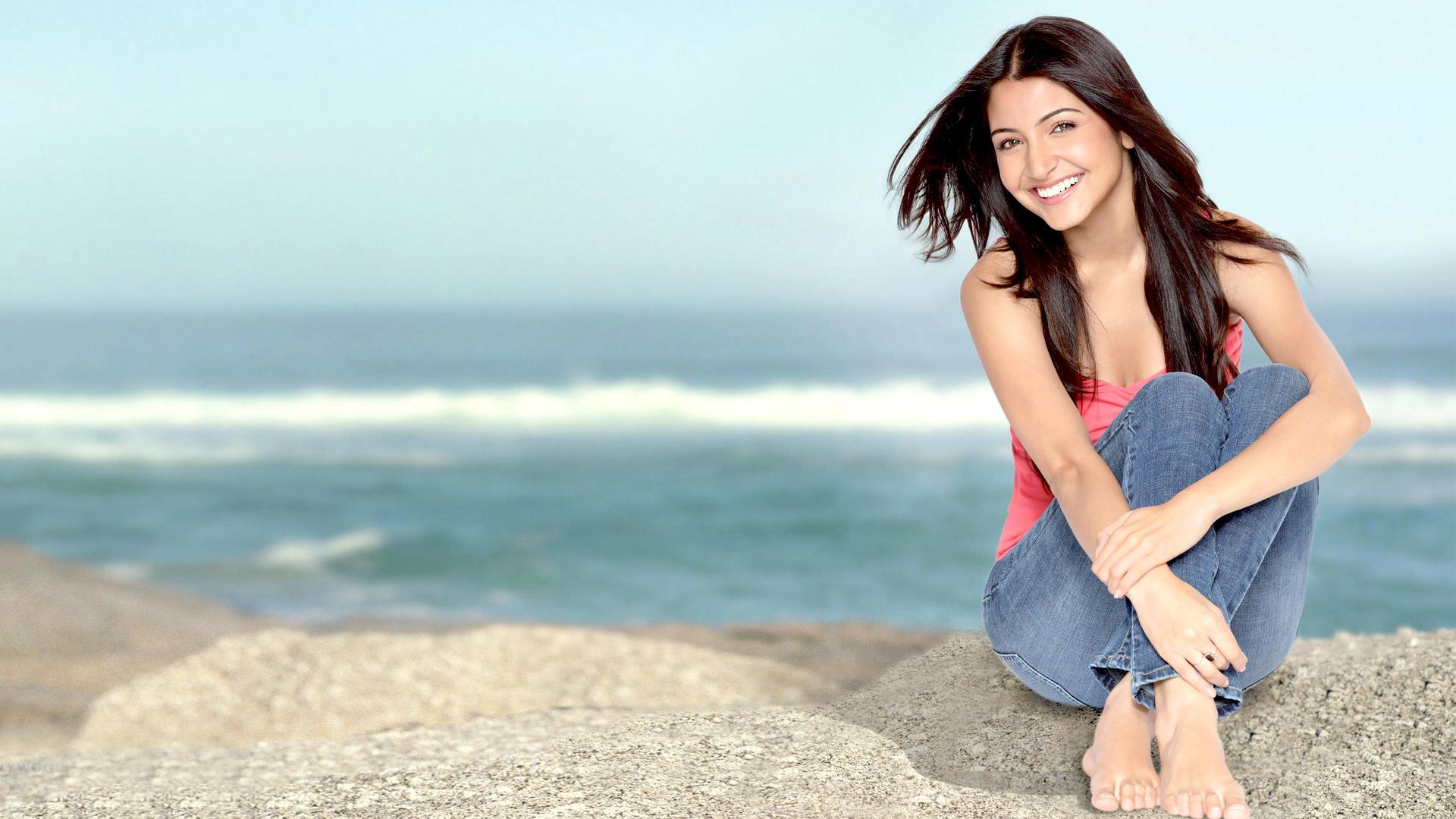 actress_anushka_sharma-HD