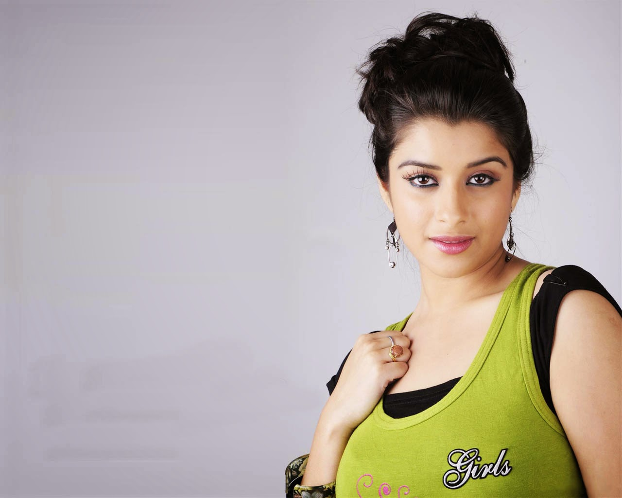 madhurima_banerjee_hot-sexy-wallpaper