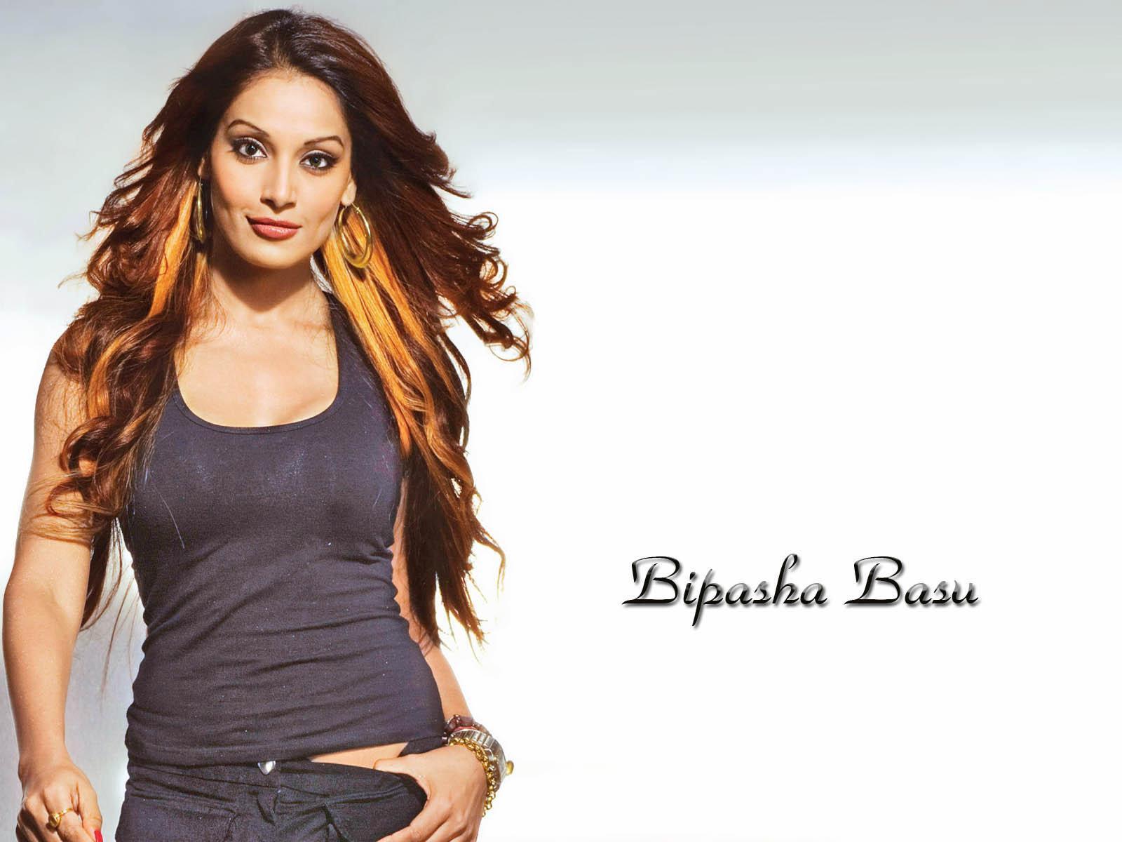 bipasha-basu-hot-pics