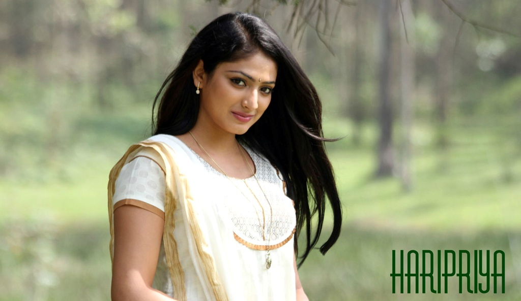 Haripriya-HD-sweet-Wallpaper