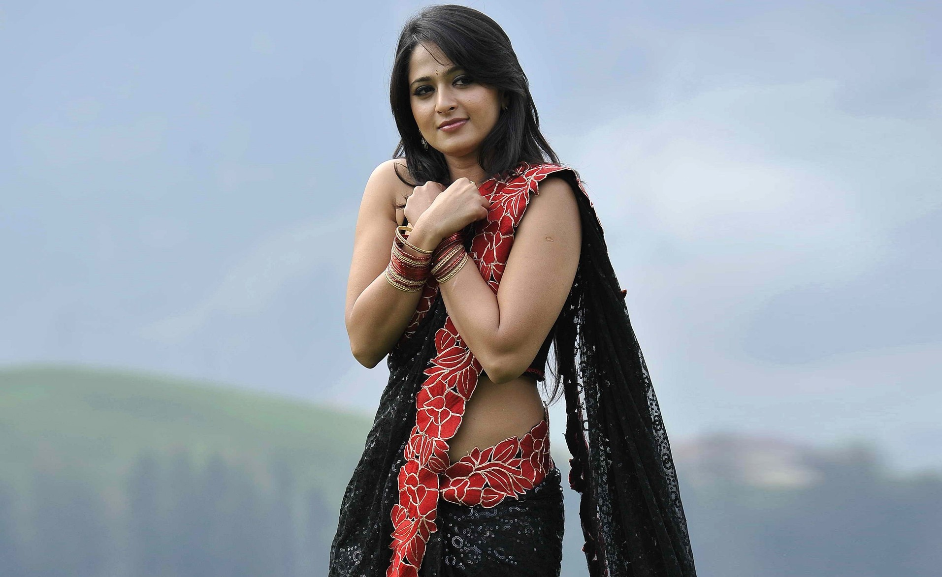 hot_spicy_anushka_shetty_photos