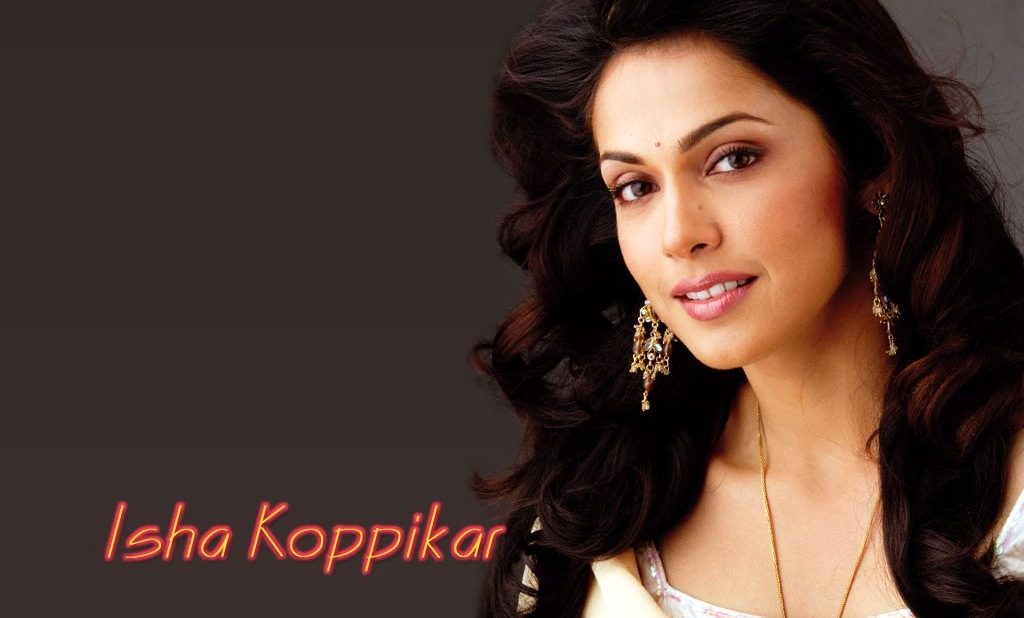 isha-koppikar-hd-smile-wallpapers