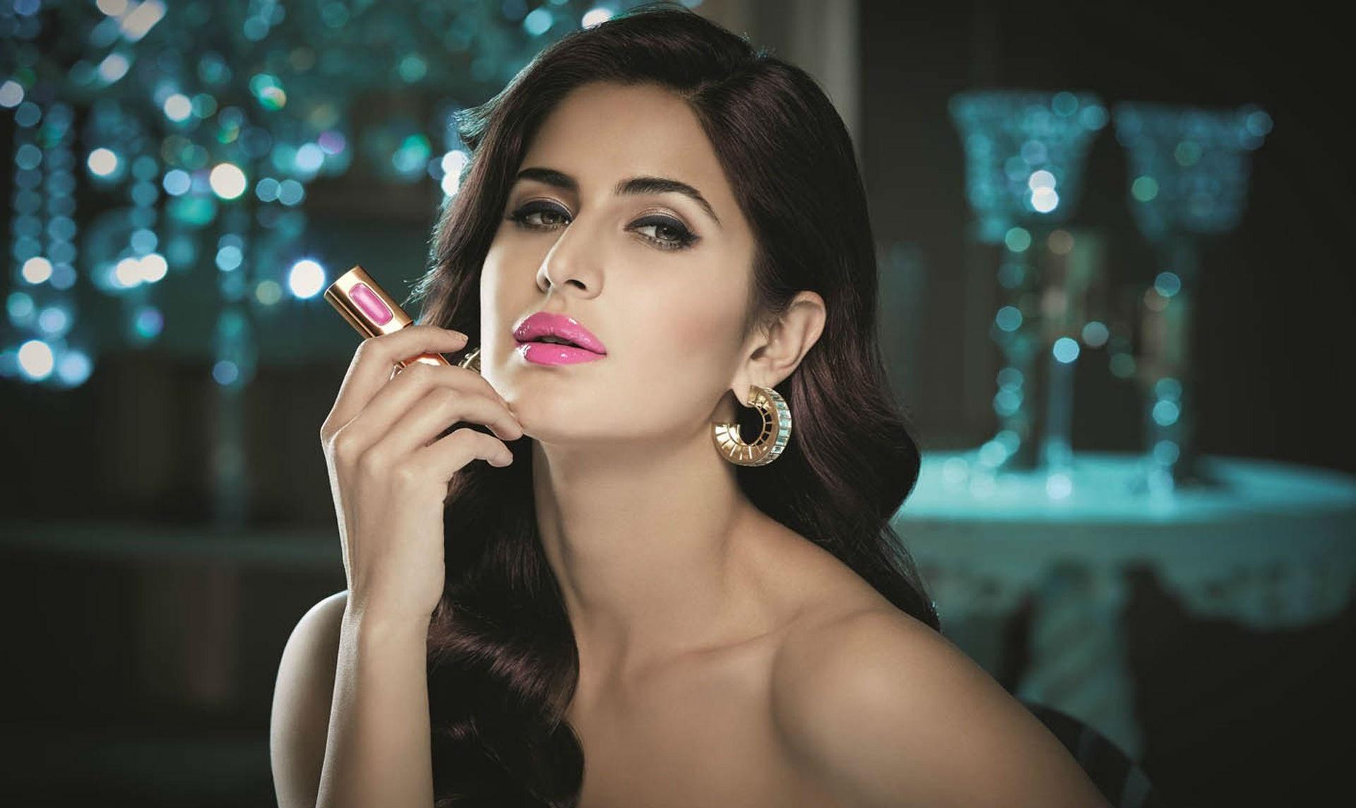 katrina_kaif_pink_lips-wide