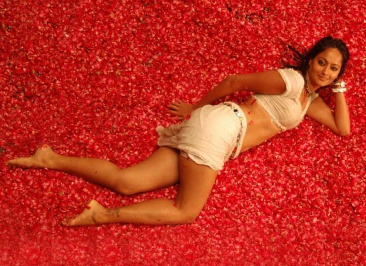 kaveri-jha-hot-wallpapers