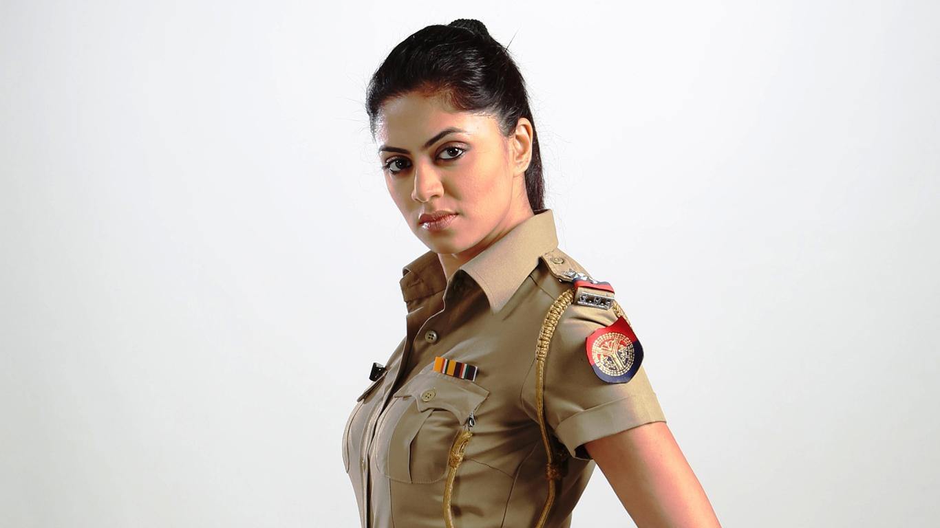 kavita-kaushik-police-wallpapers