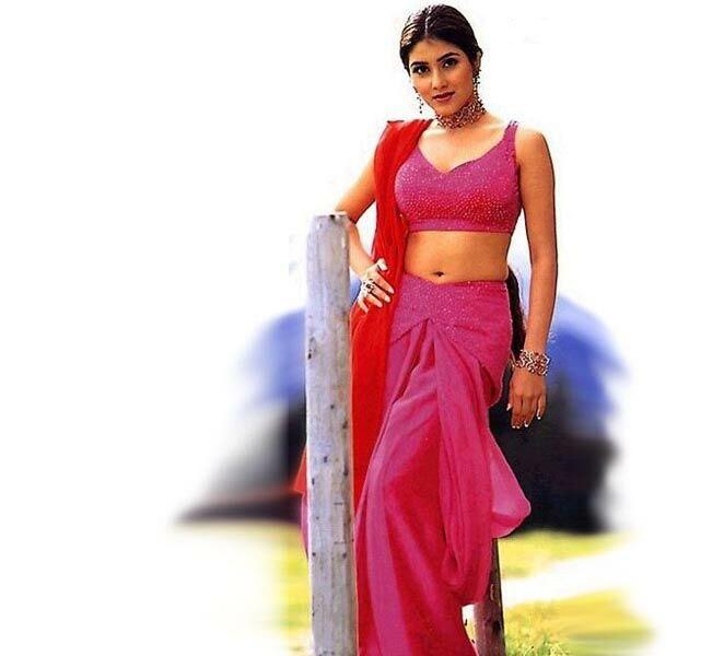 Keerthi-Reddy-HD-hot-Wallpaper