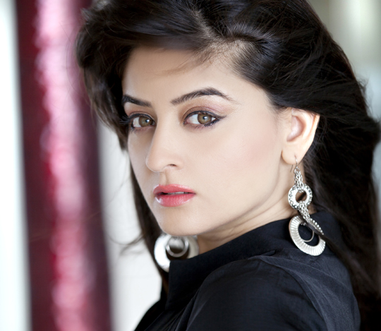 Mahii-Vij-Beautiful-hd-Wallpaper