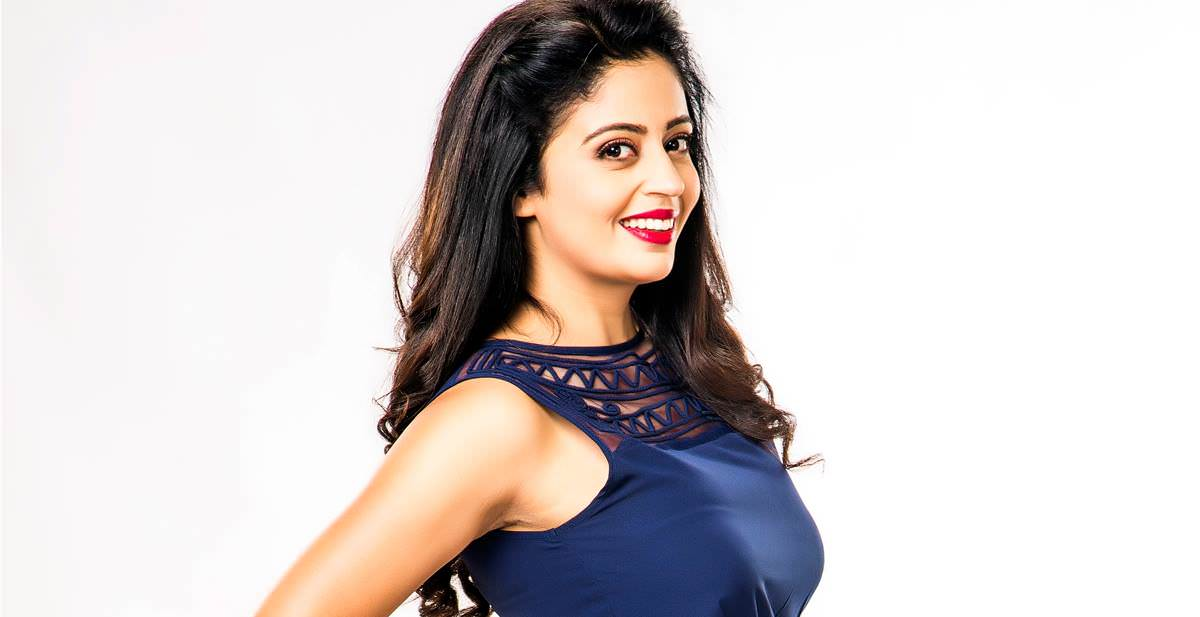 neha-pendse-marathi-actress-wallpaper