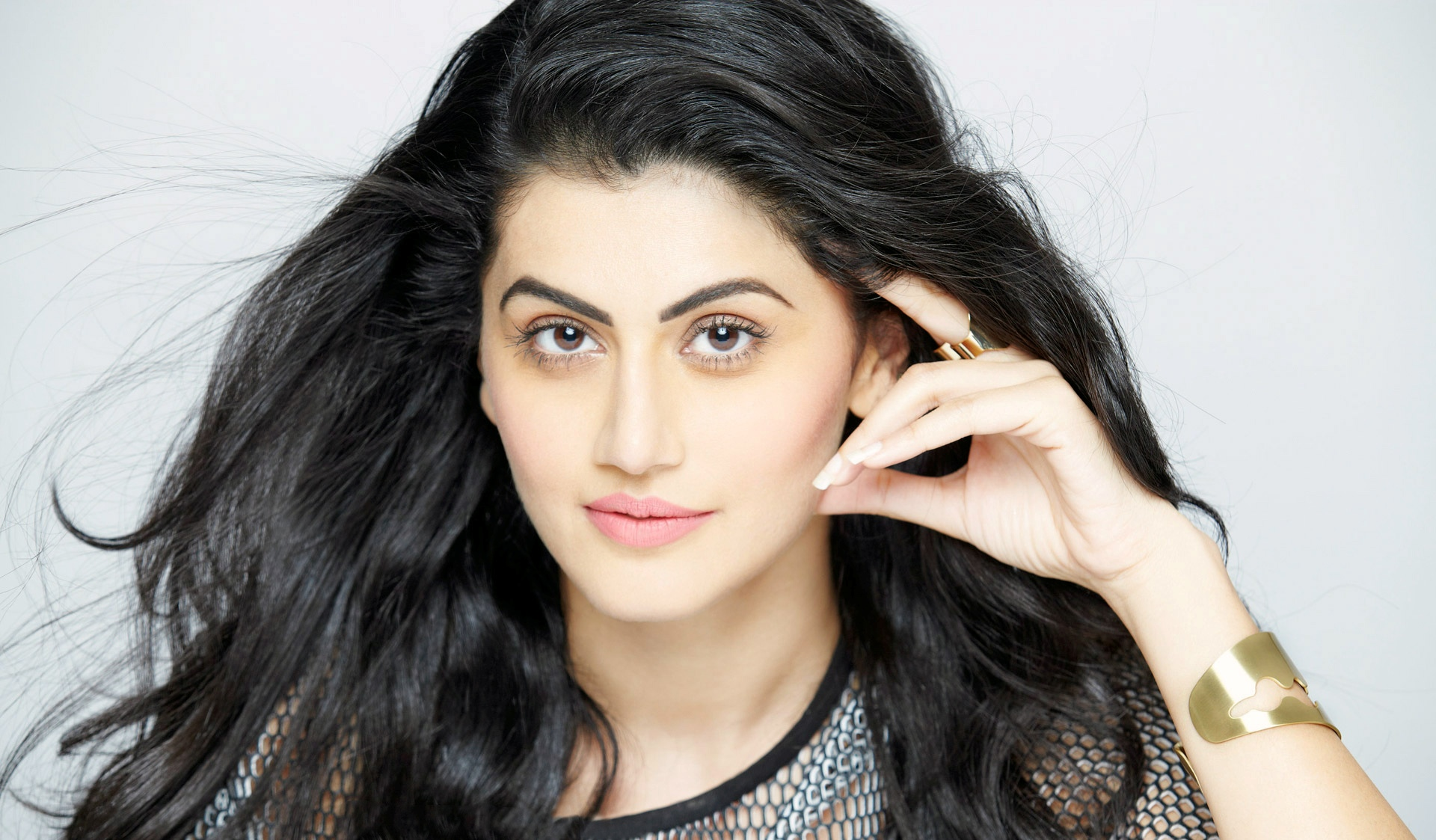 taapsee_pannu_indian_actress-wide-pics