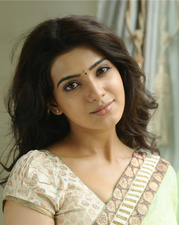 tamil-actress-samantha-hd-wallpapers-in-saree-samantha-ruth-prabhu-in-saree-stills0