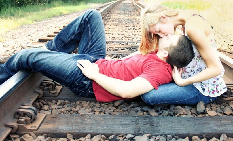 ultimate-kiss-day-2015-wallpapers-images-pics-in-full-hd